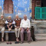 Life expectancy. Copyright: paulprescott72 / 123RF Stock Photo. Age concept.